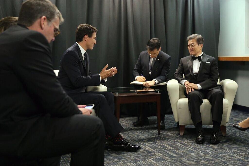 저스틴 트뤼도 총리 뉴욕서 문재인 대통령 만나