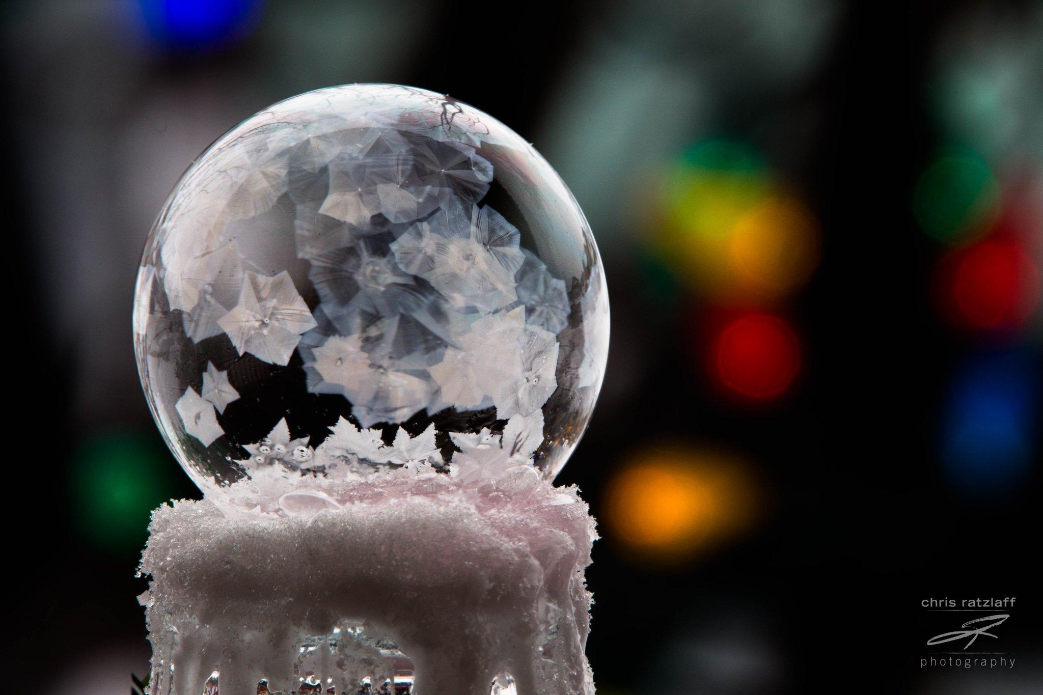 캘거리에서 얼음 비눗방울 촬영돼