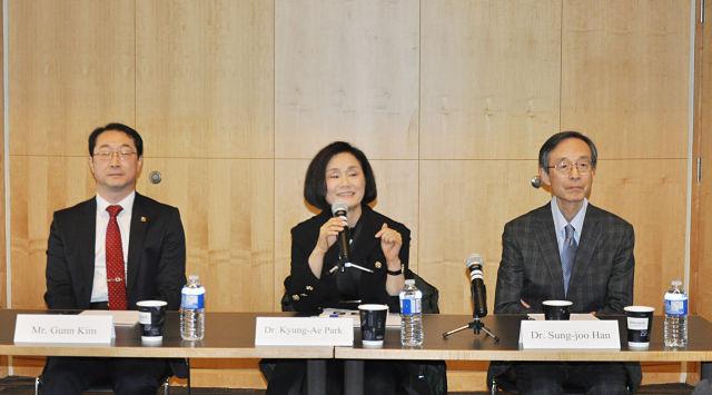 UBC에서 열린 '포스트 평창, 미국과 한국 관계' 세미나